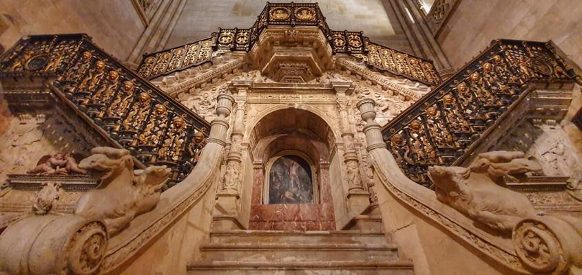 Resultado de imagen de Escalera Dorada, de Diego de Siloé